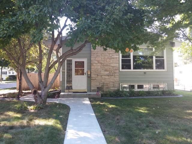 1037 S 122nd St, West Allis, WI 53214 (#1700536) :: OneTrust Real Estate