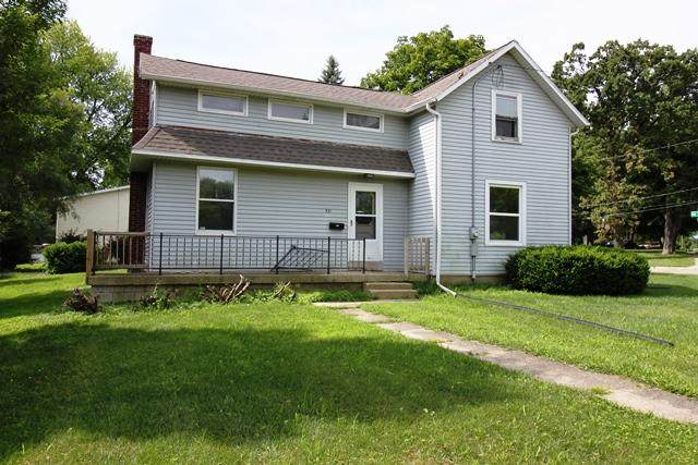 531 W Harper St, Whitewater, WI 53190 (#1700996) :: RE/MAX Service First Service First Pros