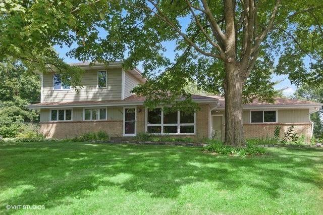3290 Arroyo Rd, Brookfield, WI 53045 (#1702187) :: Keller Williams Realty - Milwaukee Southwest