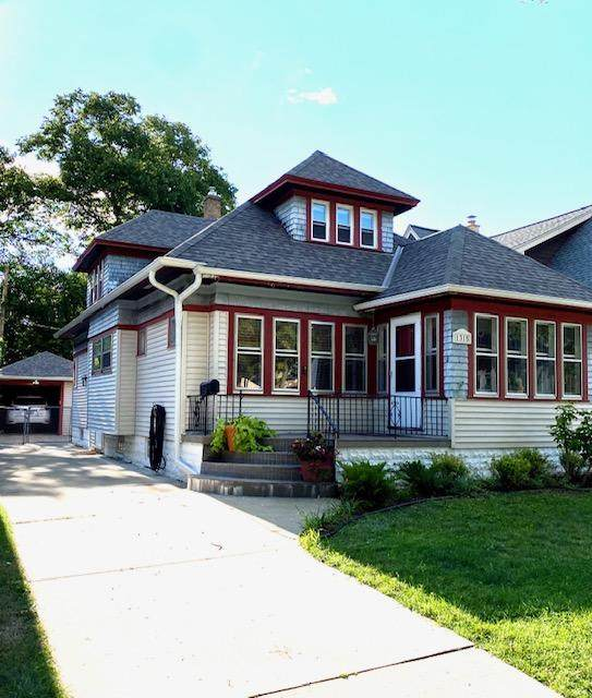 1315 N 60th St, Wauwatosa, WI 53208 (#1702670) :: Keller Williams Realty - Milwaukee Southwest
