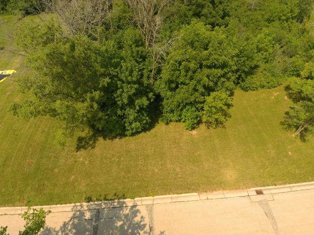 3302 W College Ave Lt3, Greenfield, WI 53221 (#1702874) :: Keller Williams Realty - Milwaukee Southwest