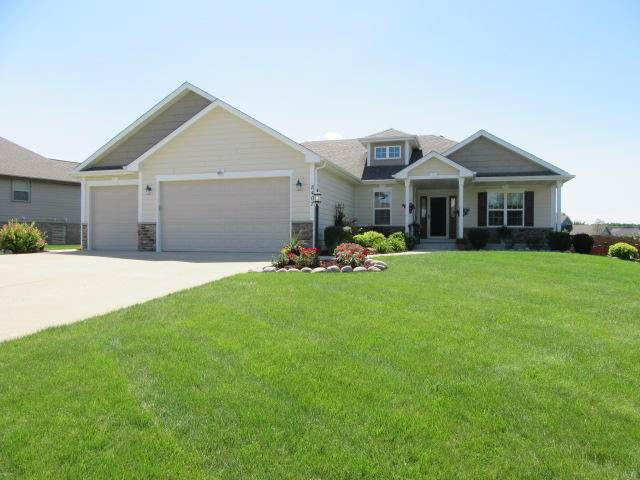 8407 94th Ct, Pleasant Prairie, WI 53158 (#1702918) :: OneTrust Real Estate
