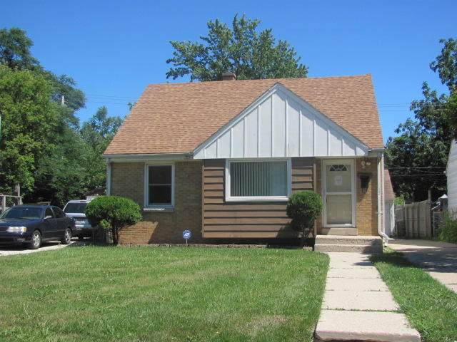 5042 N 61st St, Milwaukee, WI 53218 (#1704169) :: OneTrust Real Estate
