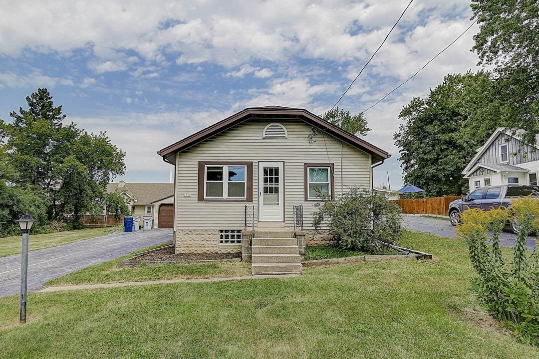 2520 Goldcrest Ave - Photo 1
