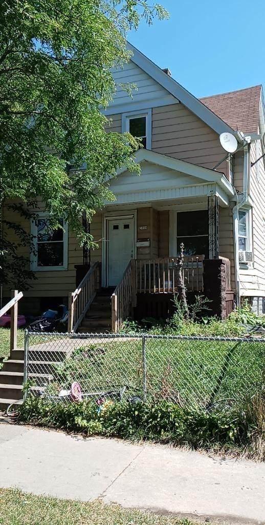 3066 24th St - Photo 1