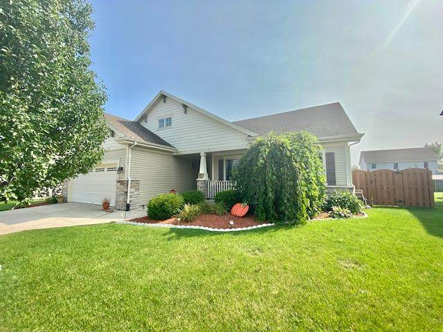 9201 61st St, Kenosha, WI 53142 (#1709959) :: Tom Didier Real Estate Team