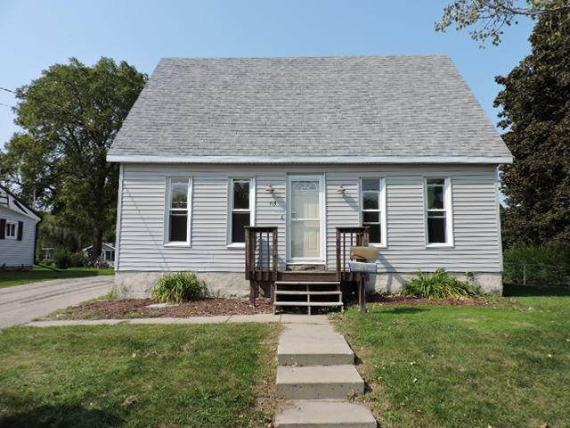 715 Nelson St, Fort Atkinson, WI 53538 (#1710951) :: NextHome Prime Real Estate