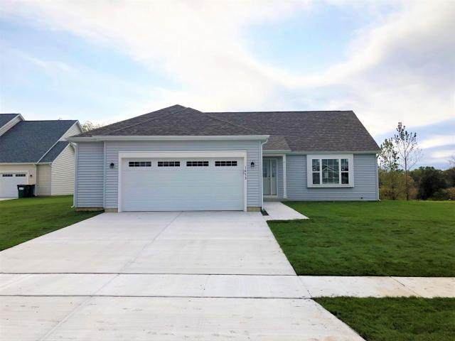 1333 E Longneedle Ln Lt28, Elkhorn, WI 53121 (#1711045) :: Tom Didier Real Estate Team