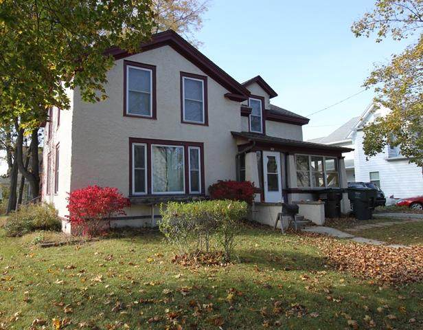 160 S Franklin St, Whitewater, WI 53190 (#1715939) :: RE/MAX Service First