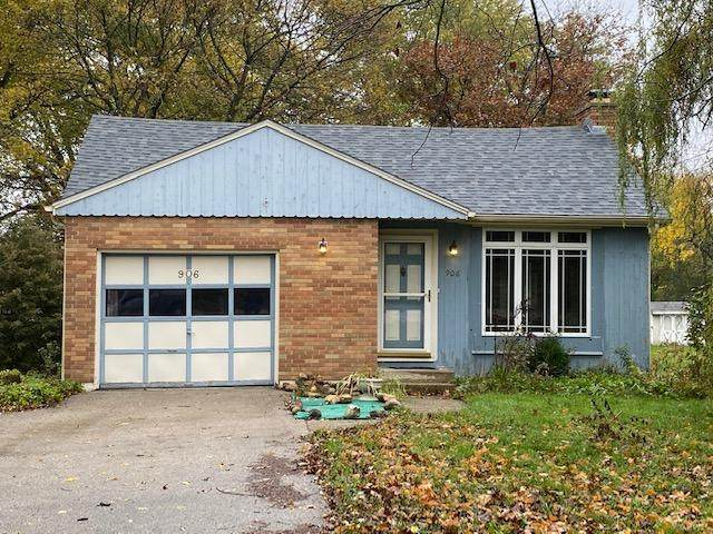 906 N Carter St, Genoa City, WI 53128 (#1715970) :: RE/MAX Service First