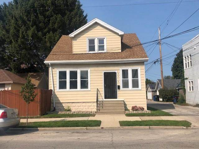 3014 17th St, Racine, WI 53405 (#1716175) :: OneTrust Real Estate