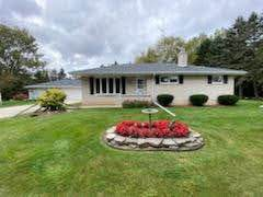 5420 County Road B, Manitowoc, WI 54220 (#1716495) :: Tom Didier Real Estate Team