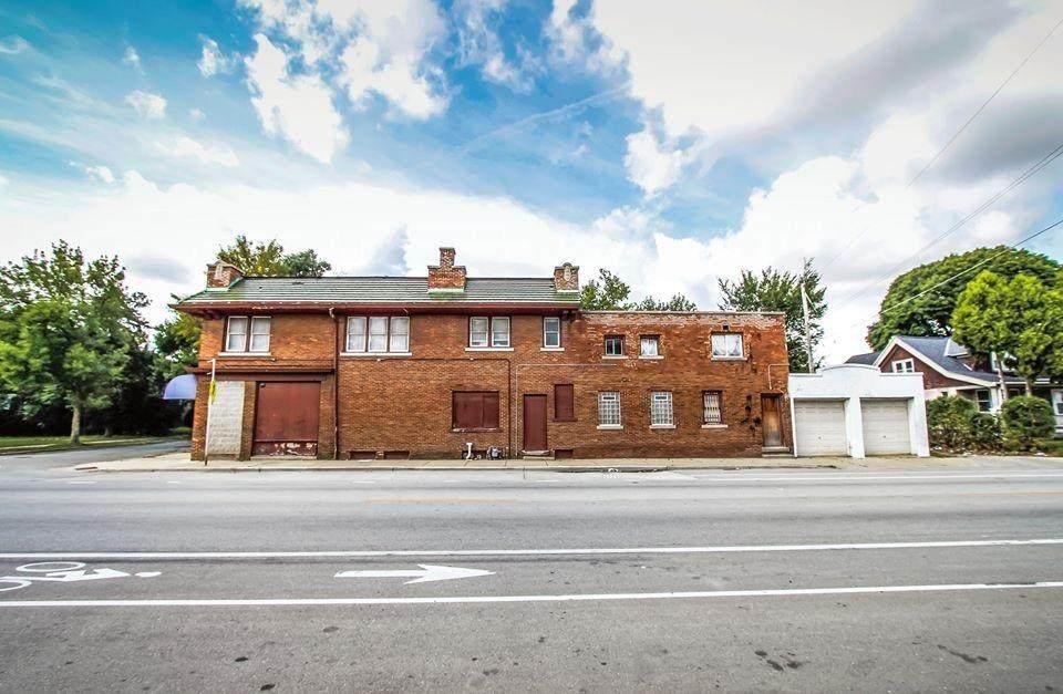 2700 Concordia Ave - Photo 1
