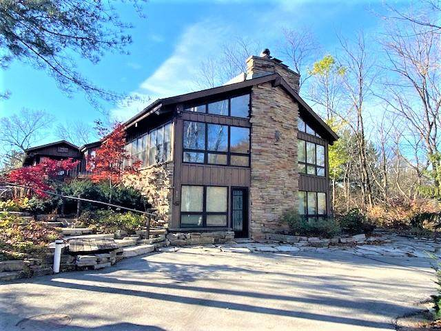 N6221 Kettle Moraine Dr, Greenbush, WI 53073 (#1716770) :: RE/MAX Service First Service First Pros