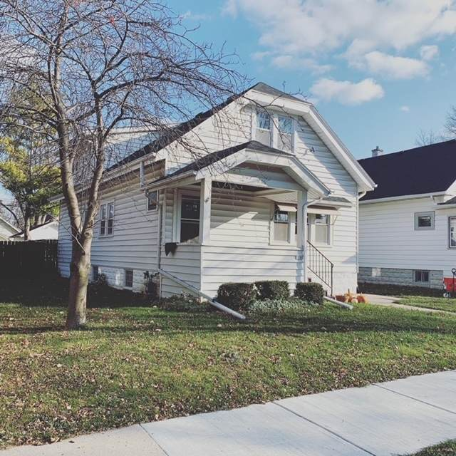 1106 S 75th St, West Allis, WI 53214 (#1719725) :: Keller Williams Realty - Milwaukee Southwest