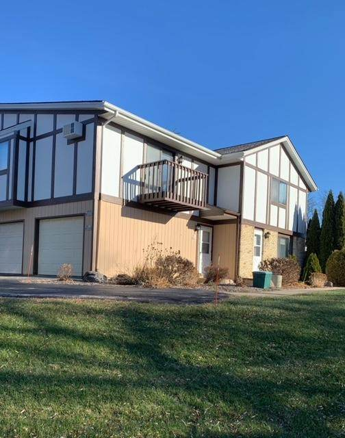 N91W7053 Evergreen Ct, Cedarburg, WI 53012 (#1720417) :: OneTrust Real Estate