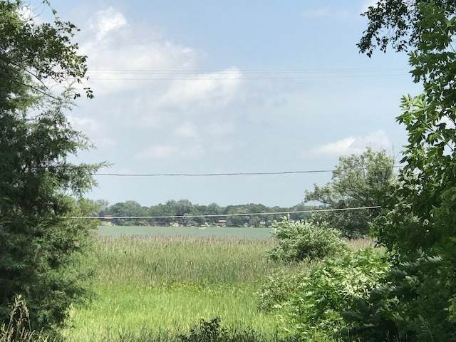 24006 Lakeshore Dr, Dover, WI 53139 (#1720855) :: Keller Williams Realty - Milwaukee Southwest