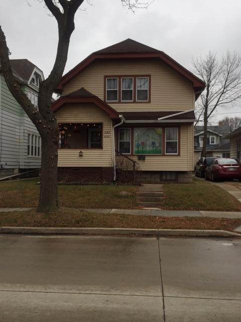 1430 S 59th St #1432, West Allis, WI 53214 (#1722572) :: RE/MAX Service First
