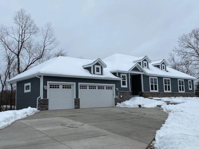 W172N7614 Shady Ln, Menomonee Falls, WI 53051 (#1724093) :: OneTrust Real Estate