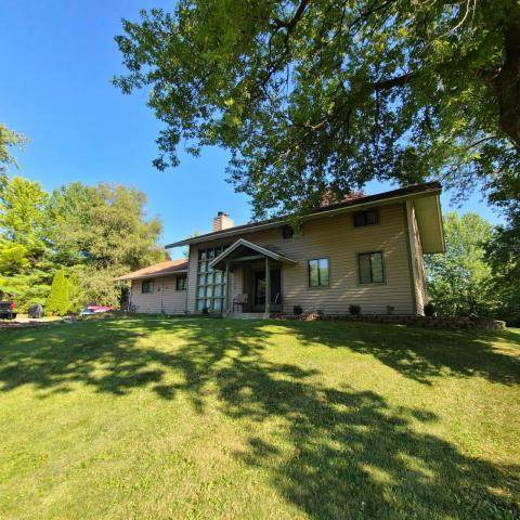 229 Llamberris Pass, Wales, WI 53183 (#1724156) :: OneTrust Real Estate