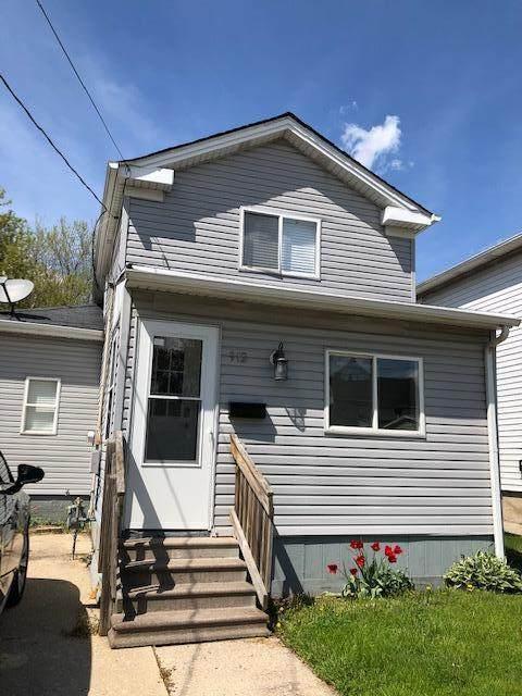 912 46th St, Kenosha, WI 53140 (#1724605) :: OneTrust Real Estate