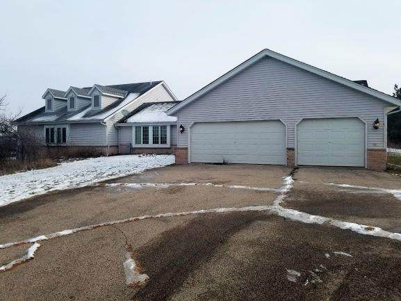 W369S10450 Shearer Rd, Eagle, WI 53119 (#1724642) :: RE/MAX Service First