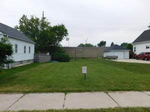 3481 S Ellen St, Milwaukee, WI 53207 (#1724646) :: RE/MAX Service First