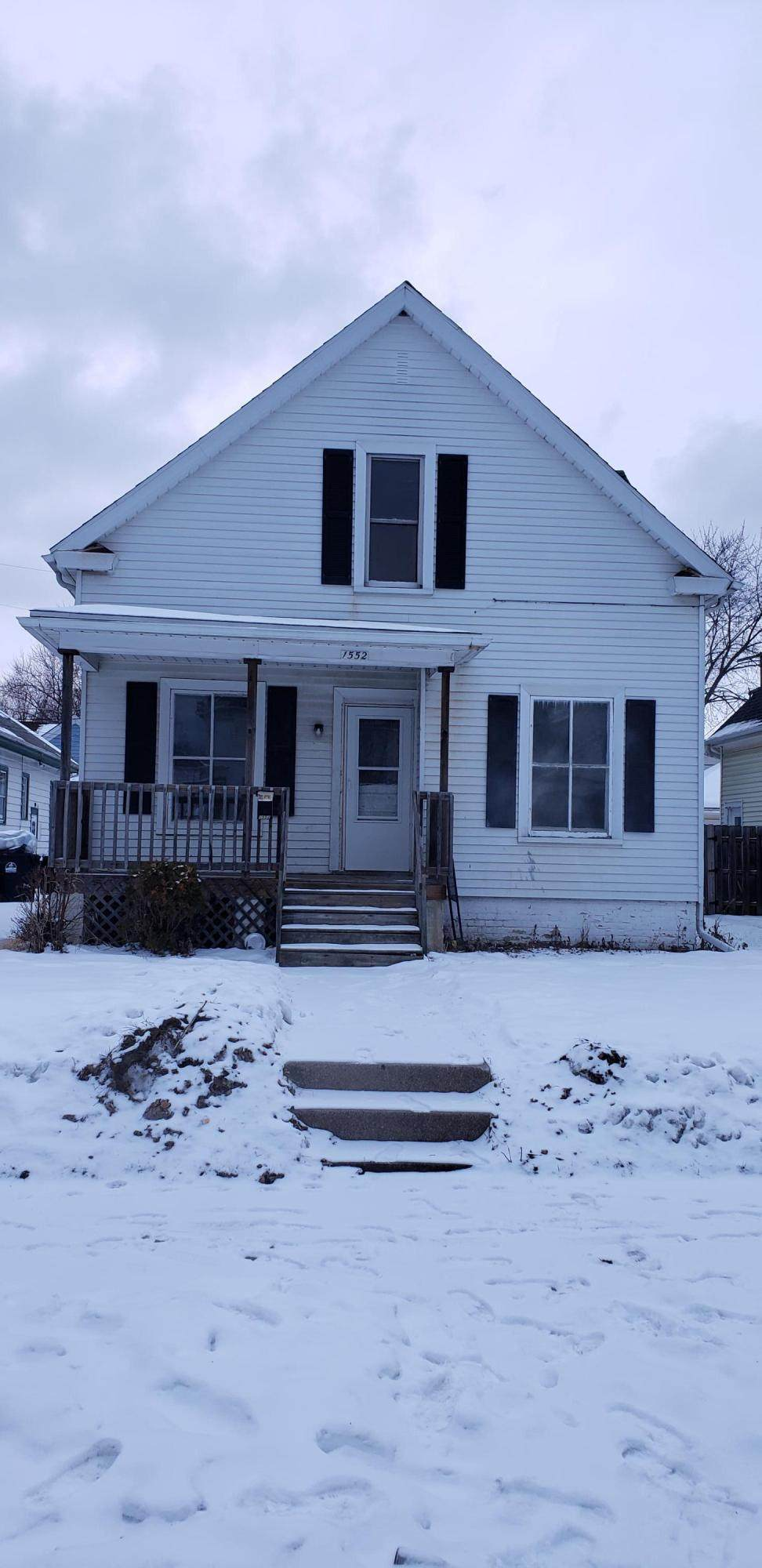 1552 Boyd Ave - Photo 1