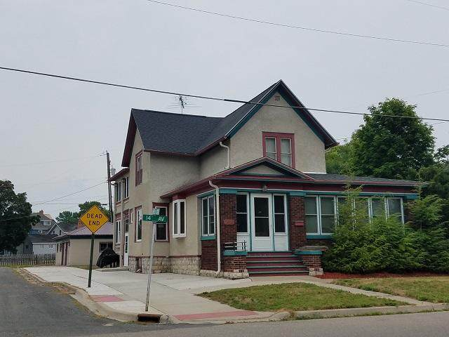 714 14th Ave - Photo 1