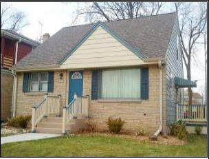 3877 N 76th St, Milwaukee, WI 53222 (#1729641) :: OneTrust Real Estate