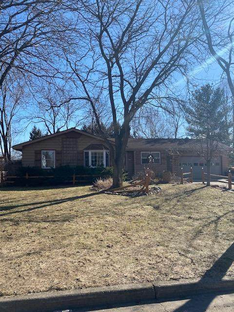 319 Highland Ave, Fort Atkinson, WI 53538 (#1730681) :: EXIT Realty XL