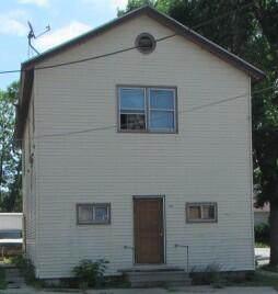 735 Windlake Ave - Photo 1