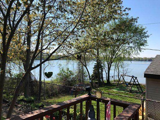 12425 233rd Ave, Salem Lakes, WI 53179 (#1733175) :: Tom Didier Real Estate Team
