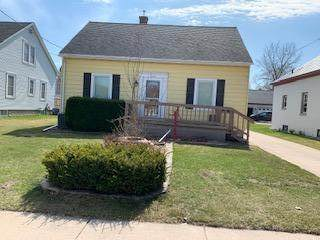 1119 Wisconsin Ave, Manitowoc, WI 54220 (#1734732) :: RE/MAX Service First