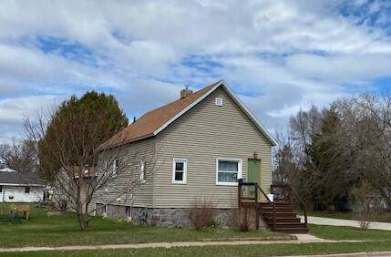 1400 27th Ave, Menominee, MI 49858 (#1735710) :: EXIT Realty XL