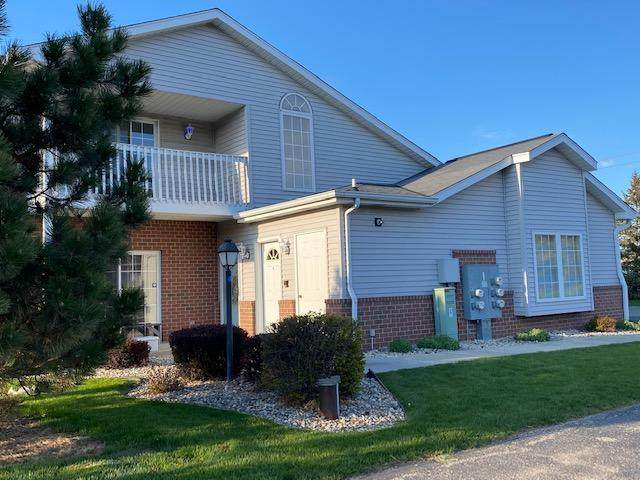 1294 Village Centre Dr #4, Somers, WI 53144 (#1736418) :: Tom Didier Real Estate Team