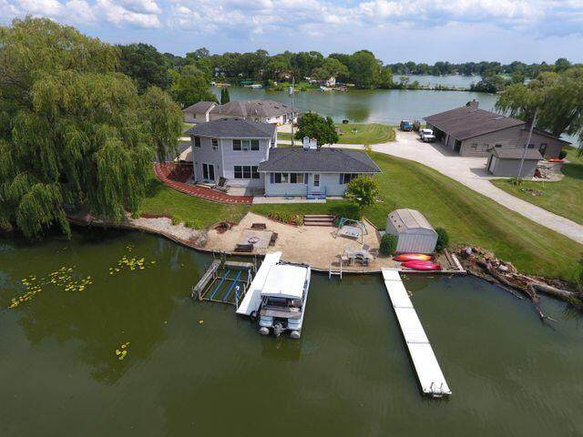 21943 116th St, Salem Lakes, WI 53104 (#1736869) :: RE/MAX Service First