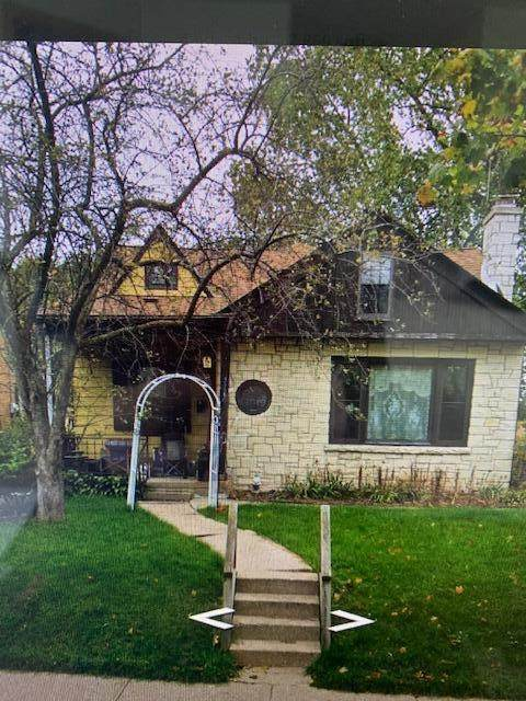 4566 S Lenox St, Milwaukee, WI 53207 (#1738732) :: OneTrust Real Estate