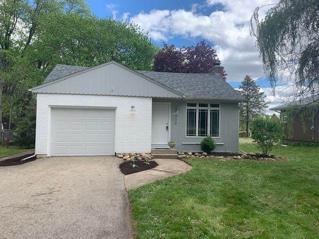 906 Carter St, Genoa City, WI 53128 (#1739347) :: RE/MAX Service First