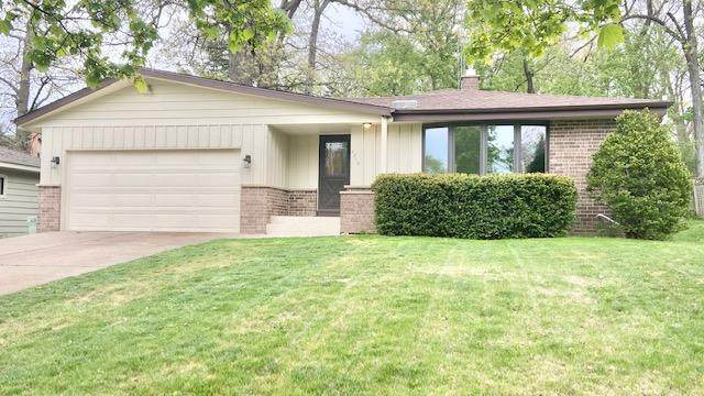 4219 89th St, Kenosha, WI 53142 (#1739466) :: OneTrust Real Estate