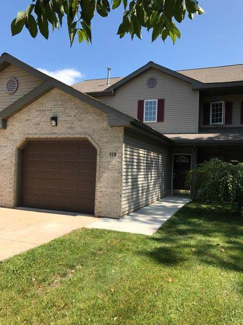 119 Waverly, Cambridge, WI 53523 (#1739580) :: RE/MAX Service First