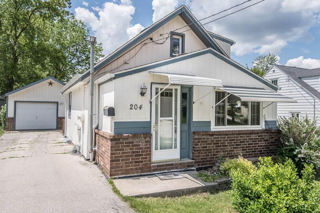 204 Washington Ave - Photo 1