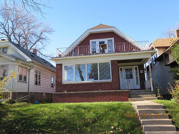 1721 S 59th, West Allis, WI 53214 (#1747331) :: RE/MAX Service First