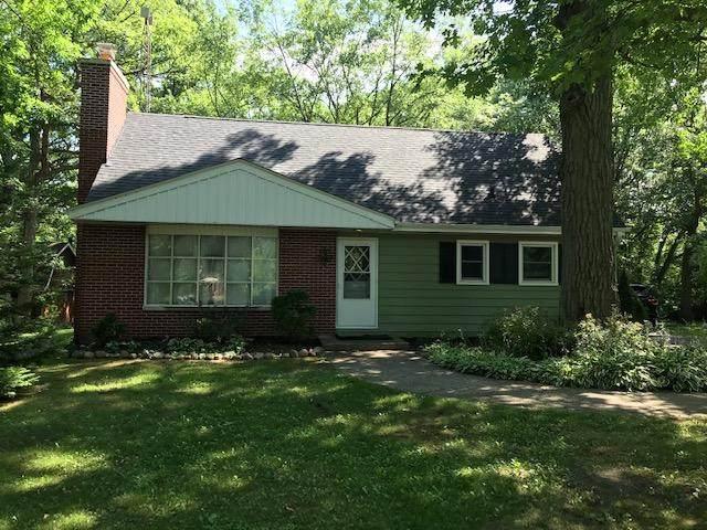 905 95th St, Pleasant Prairie, WI 53158 (#1751530) :: Keller Williams Realty - Milwaukee Southwest