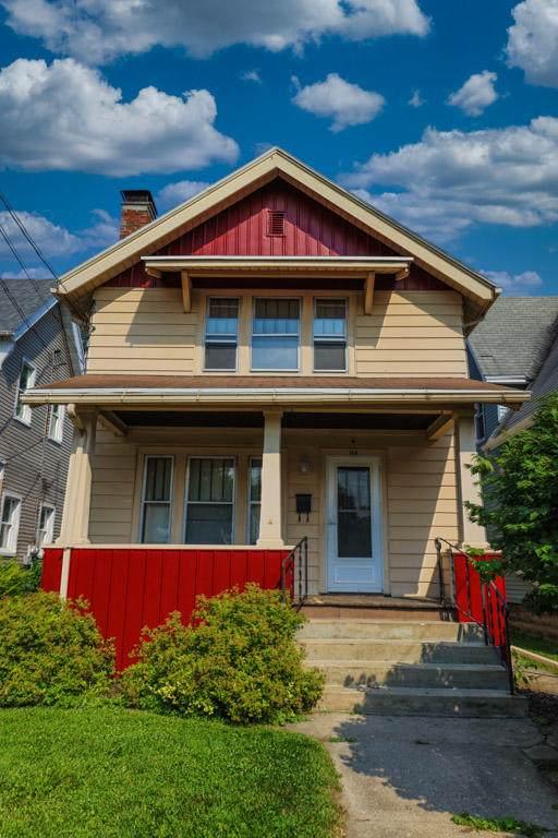 115 N 8th St, Watertown, WI 53094 (#1753971) :: Keller Williams Realty - Milwaukee Southwest