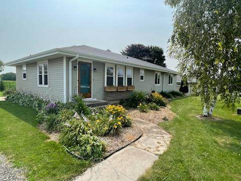 10317 Hwy 42, Meeme, WI 53063 (#1754881) :: Re/Max Leading Edge, The Fabiano Group