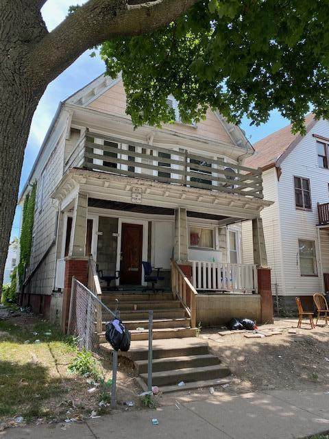 2767 N 28th St #2770, Milwaukee, WI 53210 (#1755493) :: OneTrust Real Estate