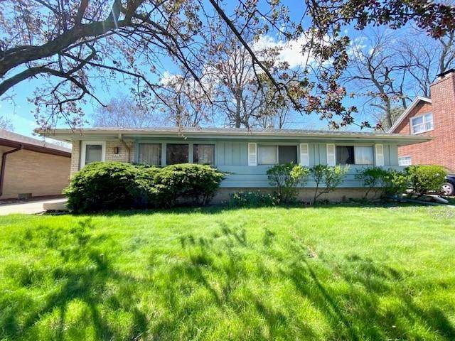 5655 S Rosewood Ave, Cudahy, WI 53110 (#1755659) :: RE/MAX Service First
