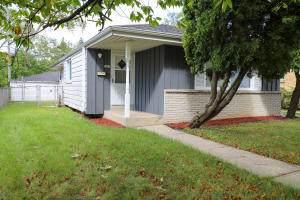5667 N 91st Street, Milwaukee, WI 53225 (#1755859) :: OneTrust Real Estate