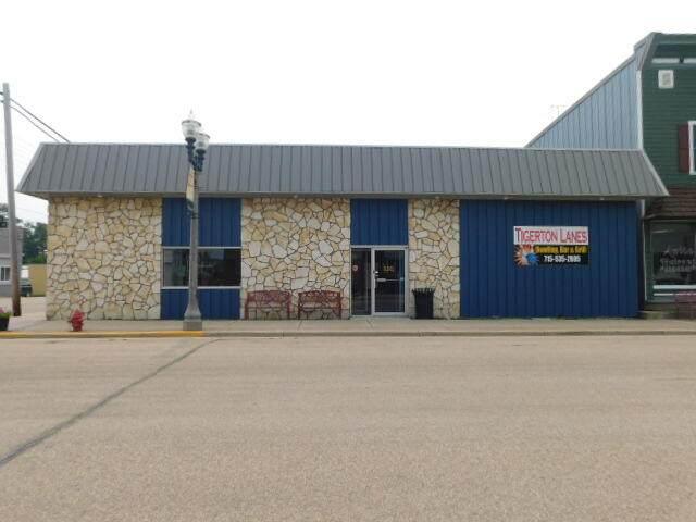 303 Cedar St, Tigerton, WI 54486 (#1756752) :: Re/Max Leading Edge, The Fabiano Group